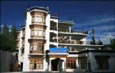 ladakh discount rooms